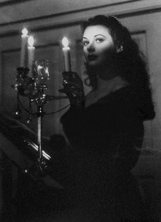 Hedy Lamarr in The Strange Woman Such an amazing woman. and smart! Hedy Lamarr in The Stra Vintage Glamour, Old Hollywood Glamour, Vintage Hollywood, Vintage Beauty, Hollywood Party, Hollywood Fashion, Hollywood Actresses, Dark Romance, Hedy Lamarr