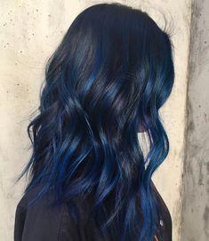 20 awesome blue black hair looks to raise charm hair color i Dark Blue Hair, Hair Color Blue, Black Hair With Blue Highlights, Blue Hair Streaks, Midnight Blue Hair, Short Blue Hair, Brown Hair, Grunge Hair, Dream Hair