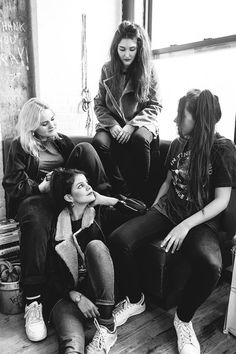 Urban Outfitters - Blog - About A Band: Hinds
