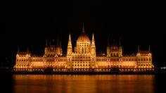 Budapeşte'de gezilecek en iyi 10 yer listesi, gece hayatı, buda kalesi, Macaristan vizesi gibi detaylı bir gezi rehberi. Budapest, Parliament Building,