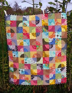 Little Island Quilting: Drunkard's Path Quilt