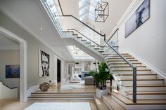 Classic Greenwich Home Design - Home Bunch Interior Design Ideas Home Room Design, Dream Home Design, Modern House Design, Home Interior Design, Escalier Design, Dream House Exterior, Staircase Design, Staircase Architecture, Home Decor Kitchen