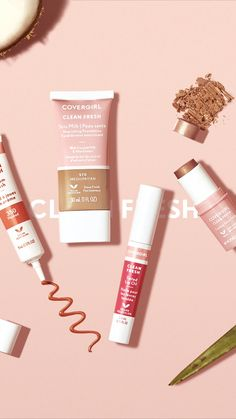 Alternatives Leben Give your skin the love it deserves with COVERGIRL Clean Fresh Collection! Covergirl Makeup, Drugstore Beauty, Aloe Vera, Promo Flyer, Foto Gif, Cosmetic Design, Ads Creative, Foundation, Photo Tips