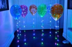 Clip on Glow Party Balloon Lights! Use these fun clip lights inside the balloon and clip to the string for a bright glowing effect! Balloon Decorations, Light Decorations, Birthday Decorations, Led Balloons, Balloon Lights, Glow Party, Disco Party, Pop Art Party, Thanksgiving
