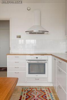 Home And Living, Kitchen Cabinets, Retro, Home Decor, Future, Decoration Home, Future Tense, Room Decor, Cabinets