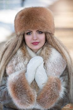 fur fashion directory is a online fur fashion magazine with links and resources related to furs and fashion. furfashionguide is the largest fur fashion directory online, with links to fur fashion shop stores, fur coat market and fur jacket sale. Fabulous Fox, Fur Clothing, Woman Clothing, Fur Accessories, Fur Blanket, Fox Fur Coat, Cool Hats, Fur Fashion, Mitten Gloves
