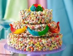 Breakfast cereal cake! Lucky Charms and Fruit Loops-