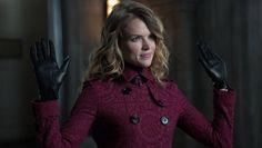 Gotham's'Erin Richards on Why Barbara Can't Let Jim Gordon Go