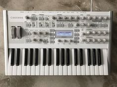 MATRIXSYNTH: Access Virus TI2 Polar Total Integration 37-key Sy...