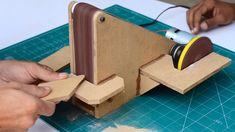 Get Better At Woodworking With These Great Tips! - Nice Woodworking Tips Woodworking Projects Diy, Woodworking Shop, Woodworking Plans, Wood Tools, Diy Tools, Electrical Projects, Tool Shop, Homemade Tools, Machine Tools