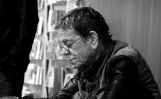 """Oh, all the poets they studied rules of verse  And those ladies, they rolled their eyes""--Lou Reed. Photograph: Manolo Mantero"
