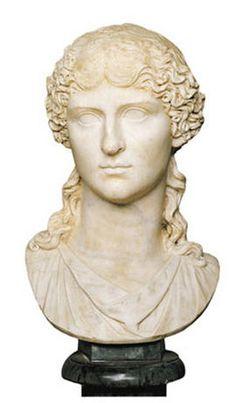 Portrait of Agrippina the Elder / Hall of the Emperors / Palazzo Nuovo Musei Capitolini 17BC-33 AD