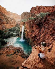 Hiking Guide – Havasu Falls - Travel destinations, travel quotes and travel bucket list Places To Travel, Travel Destinations, Places To Visit, Vacation Places, Holiday Destinations, Vacation Trips, Vacation Spots, Havasu Falls Arizona, Havasupai Arizona
