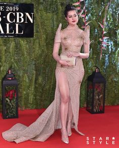 Sue Ramirez in Ushi Sato Prom Dresses With Pockets, Nice Dresses, Michael Cinco Gowns, Miss Universe Gowns, Star Fashion, Fashion Outfits, Fashion Hacks, Teen Fashion, Modern Filipiniana Gown
