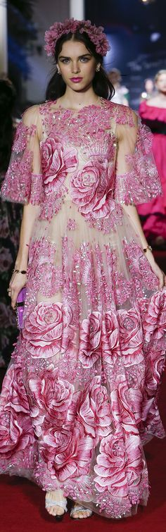Dolce and Gabbana SS 2018 RTW *The Secret Show*