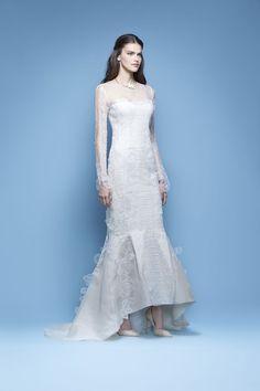 High and low wedding dress from Carolina Herrera Spring 2016 Bridal Collection | itakeyou.co.uk
