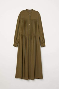 H&M Wide maxi dress - Green Abaya Fashion, Muslim Fashion, Modest Fashion, Fashion Outfits, Abaya Mode, Hijab Stile, Hijab Style Dress, Abaya Style, Kurta Designs Women