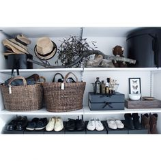 Atsushiさんの、靴,帽子,かご,ドライフラワー,見せる収納,FOUND MUJI,宿り木,NO GREEN NO LIFE,のお部屋写真