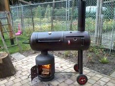 How to Make Smoker Out Of Propane Tank . - How to Make Smoker Out Of Propane Tank … - Bbq Pit Smoker, Diy Smoker, Fire Pit Bbq, Barbecue Smoker, Homemade Smoker, Bbq Grill, Grilling, Grill Gas, Metal Fire Pit