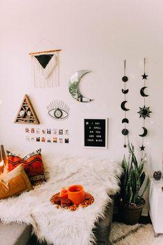 Bohemian decor Shop - Celestial Sun and Moon Wall Hanging Decor. Room Ideas Bedroom, Bedroom Wall, Diy Room Decor, Bedroom Decor, Bedroom Designs, Modern Bedroom, Bedroom Inspo, Diy Wall Decorations, Cozy Bedroom