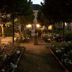 "618 Likes, 40 Comments - Greet Lefèvre (@belgianpearlsblog) on Instagram: ""Evening walk in our garden. Wishing you goodnight. #summerevening #ourgarden @belgianpearlsblog"""