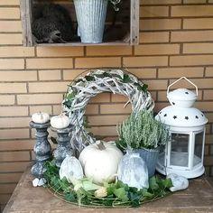 Schöne Herbstdeko in Weiß. Quelle: Mona Moony