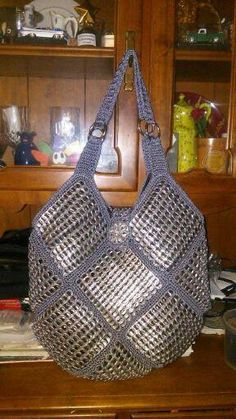 Bag of rings woven by hand, pop tabs sholderbags