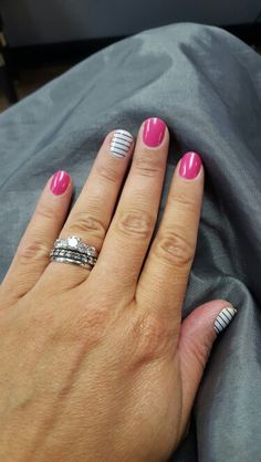 Country Club and Haute Pink glossy #jamberry Carrielafuria.jamberrynails.net