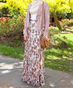 Floral skirt #hijab style