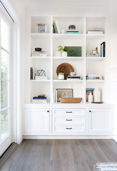 """Inspiration: Soft and Warm Love the shaker style doors; note the middle """"third"""" is larger than the two side panels; think squares.Love the shaker style doors; note the middle """"third"""" is larger than the two side panels; think squares. Bookcase Styling, Bookshelves Built In, Amber Interiors, Interior Design, Family Room, House Interior, Home, Interior, Home Living Room"""