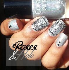 Pinezoe Blog Nail Art: Holo & Roses