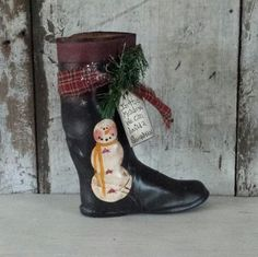 Primitive Country Snowman on Vintage Child's Boot, Snowman, Snowman Vase,Snowman Container,Snowman Boot,Center Piece,Primitive Christmas by FlatHillGoods on Etsy