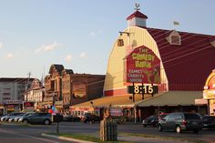 https://flic.kr/p/aAdxh4 | Pigeon Forge | The delights of the strip in Pigeon Forge, Tennessee