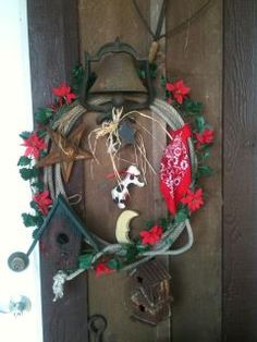 Pin by Loretta Thompson on Christmas At Home | Pretty ... |Redneck Grapevine Trees