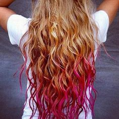 Blond hair pink tips✂