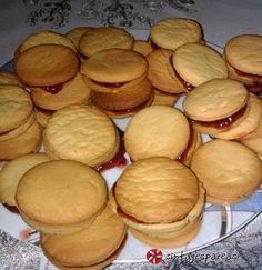 Greek Sweets, Greek Desserts, Greek Recipes, Candy Recipes, Cookie Recipes, Dessert Recipes, Biscuit Cookies, Cake Cookies, Greek Cookies
