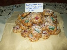 Fursecuri fine cu nuci by dana_radu23 Deli, Biscuits, Cereal, Cookies, Breakfast, Food, Sweets, Recipes, Crack Crackers