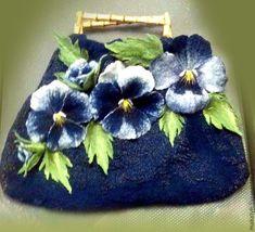 Peerless bags of wool Nuno Felting, Needle Felting, Felt Flowers, Fabric Flowers, Felt Purse, Unique Purses, Felt Art, Ribbon Embroidery, Fabric Art