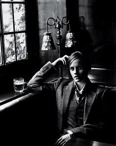Emma-Watson-by-ALASDAIR-McLELLAN-for-T-Magazine