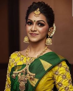 Tired of scrolling through a bunch of pages to find that perfect blouse designs? Check out the top most South Indian blouse designs to pair with a kanjeevaram saree- Eventila South Indian Blouse Designs, Bridal Blouse Designs, Saree Blouse Designs, Saree Hairstyles, Indian Bridal Hairstyles, Bride Hairstyles, Plats Hairstyles, Hairdos, Bridal Jewellery Inspiration