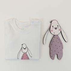 Regalo para bebé. Camiseta de algodón 100% y silueta de madera. Ilustración infantil. www.lauraduran.com