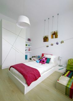 White Kids Bedroom Color Scheme with Simple Platform Bed
