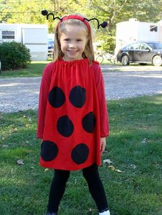 Last Minute DIY Halloween Costumes - Quick Ideas for Adults, Kids and Teens - Super Easy Lady Bug Costume Tutorial Halloween Outfits, Halloween Diy Kostüm, Clever Halloween Costumes, Last Minute Halloween Costumes, Homemade Costumes, Halloween Costumes For Kids, Costumes For Women, Haloween Party, Halloween Fashion