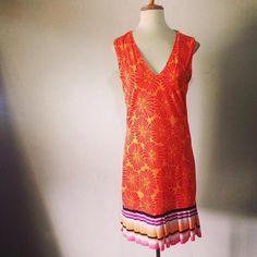 Nuevos basics Daniela Ferrari  Vestidos faldas colores estampados. PRINTS seventies New trends.