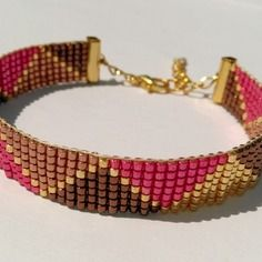 Bracelet tissé en perles miyuki à motifs triangles