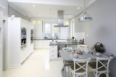 2019 White Kitchen Design – A timeless beauty and elegance Closed Kitchen Design, Kitchen Dining, Dining Room, Timeless Beauty, Kitchen Styling, Elegant, House, Dom, Furniture