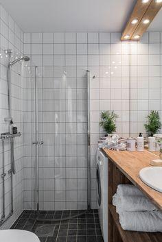 Dream Decor, Tiny House, Bathtub, Doors, Bathroom, Interior, Home, Ideas, Standing Bath