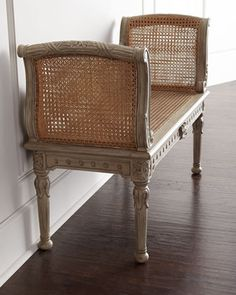 Eye For Design: Decorating With French Boudoir Benches