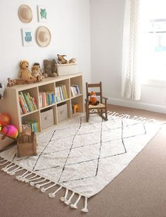 Do you love to use machine-washable rugs at your home to make the cleaning easy, especially for the kids room? Kids Play Corner, Toddler Play Area, Baby Play Areas, Kids Play Spaces, Toddler Rooms, Living Room Playroom, Baby Playroom, Kids Room, Washable Area Rugs