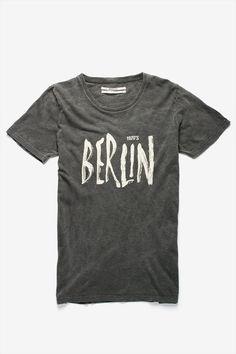 Berliner #Germany / ya Bol herr comandante!